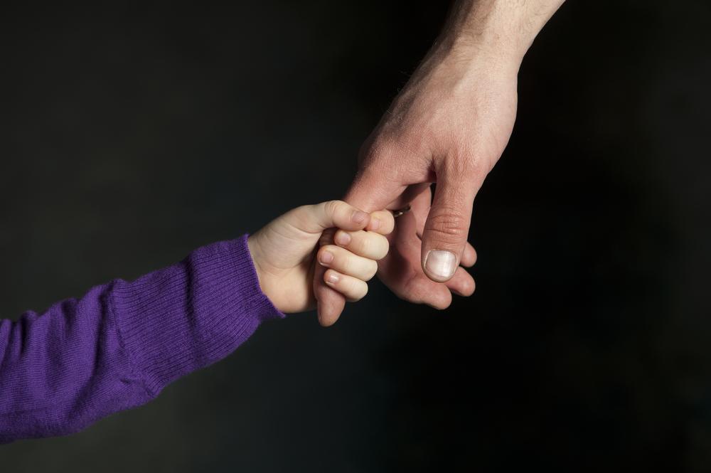 Где и как оформить опекунство над ребенком