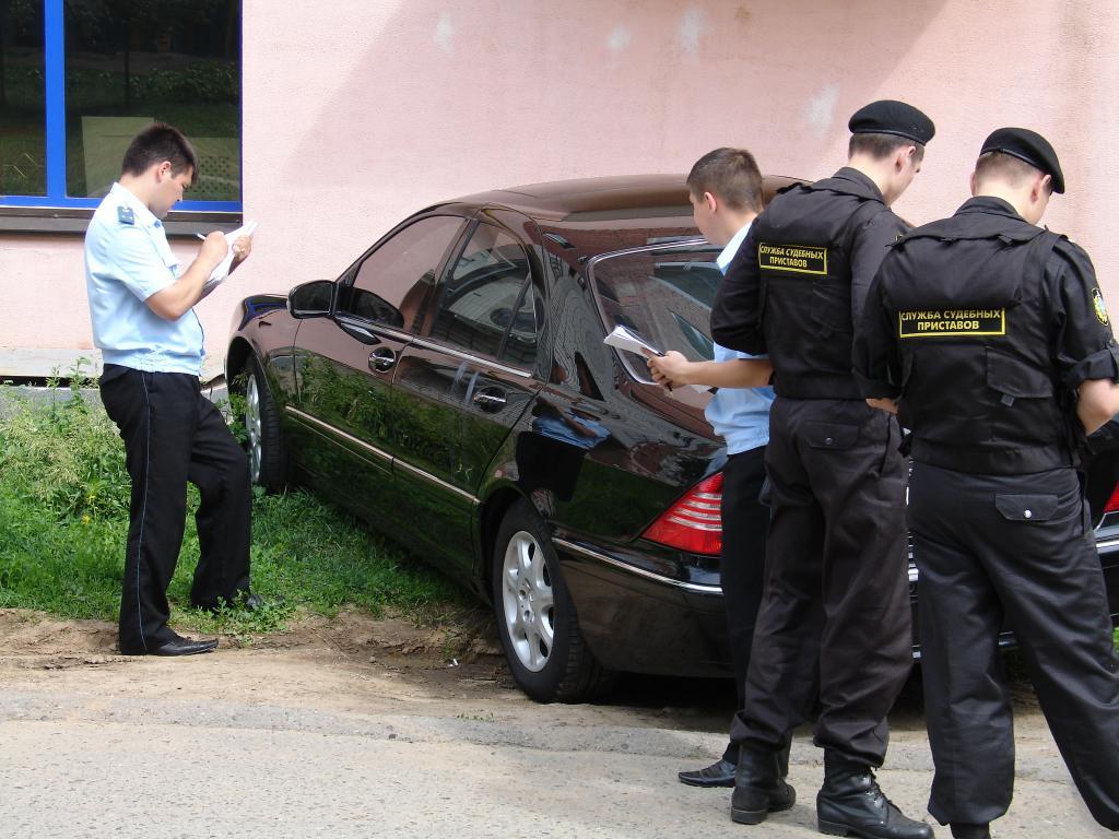 Как проверить машину на угон, арест